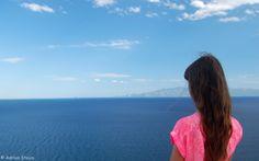 Kavala se asterne de jur-imprejur pana intalneste marea. Mai departe, poti urmari cu privirea insula Thassos, muntele Athos, iar, mai aproape, apeductul...