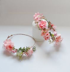 Soft peach colored blossoms and silk flowers mixed and greenery make up this gorgeous, boho, silk flower crown. Perfect for weddings! These