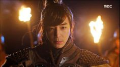Empress Ki Jin Yi Han- ( Jin Lee Han) you can also see him in Time Slip Dr. Jin and he does a cameo in Master's Sun Asian Actors, Korean Actors, Korean Dramas, Jin Yi Han, Bad Pic, Master's Sun, Ha Ji Won, Kim Jin, Kdrama