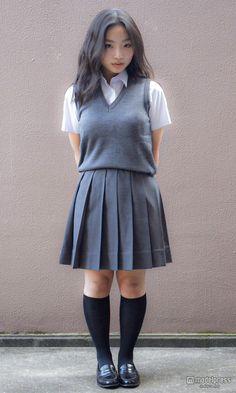 女子高生ミスコン2020 関西エリア | シオンさんの写真 School Girl Japan, School Girl Dress, Beautiful Little Girls, Beautiful Asian Women, Cute Asian Girls, Cute Girls, Cute School Uniforms, Cute Little Girls Outfits, Asian Model Girl