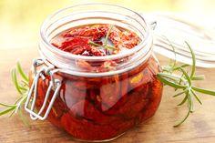 Comment faire des tomates confites à l'huile ? - Recette facile - Marciatack.fr