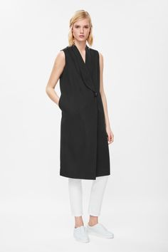 COS | Sleeveless blazer dress