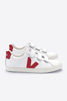3-Lock Velcro Logo Sneaker Veja Sneakers, Black Sneakers, Lock Logo, Veja Esplar, Velcro Straps, Fashion Inspiration, Europe, Logos, Spring