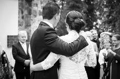 L & V // Dokumentaarinen hääkuvaus ja hääpotretit Wedding Photography, Weddings, Wedding Dresses, Fashion, Bride Dresses, Moda, Bridal Gowns, Fashion Styles, Wedding