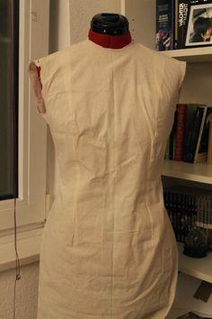 Handstiche - Alles was das Herz begehrt: Körperabformung Kleid