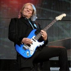 James Young (November 14, 1949) American guitarist, singer and songwriter, known from the band Styx.