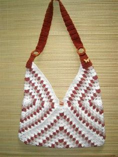 3 granny square crochet bag