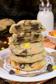 Reese's Peanut Butter Pudding Cookies - two times the peanut butter candy makes these soft chewy cookies a favorite in our house! Great recipe for your cookie jar!