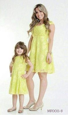 Mommy and Me Fashion / Matching Outfits Mother Daughter Matching Outfits, Mother Daughter Fashion, Mommy And Me Outfits, Couple Outfits, Mom Daughter, Fashion Kids, Cute Girl Dresses, Stylish Kids, Outfit Sets