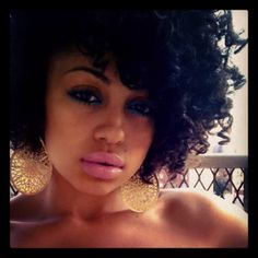 Love her curly fro