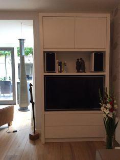Op maat gemaakye tv kast moderne woonkamers van studio inside out modern mdf Inside Out, Inspireren, The Unit, Studio, Furniture, Home Decor, Decoration Home, Room Decor, Studios