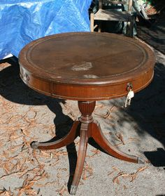 LEATHER TOP TABLE before ~ One of the reasons I love Chalk Paint so much is that it sticks to everything, including leather. Refinished End Tables, Painted Coffee Tables, Decorating Coffee Tables, Drum Table, A Table, Plant Table, End Table Makeover, Antique Coffee Tables, Chalk Paint Furniture