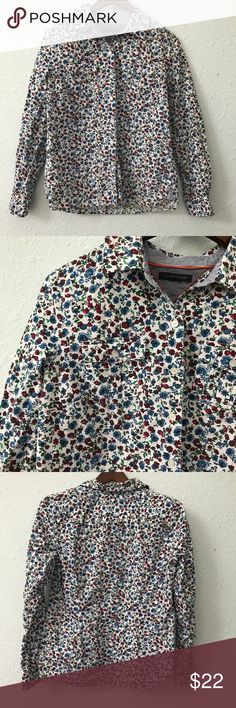 Tommy Hilfiger floral button up shirt size small This beautiful lightweight button up from Tommy Hilfiger is the perfect spring floral shirt you've been looking for! It is missing its size and care tag, but measurements are shown in the pictures for your convenience. I believe it's a small. It is in EUC with no holes, rips, or stains. Bundle with other items from my closet for the best deal! Tommy Hilfiger Tops Button Down Shirts