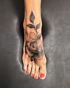 rose-tattoos-foot-design The Most Lovely and Beautiful ever inked #rose #tattoo designs to get inked