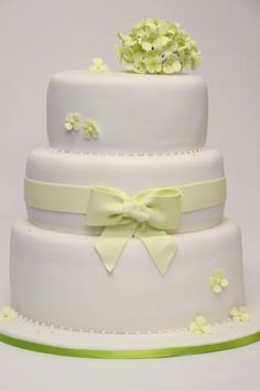 1000+ images about Torten on Pinterest  Fondant, Cakes and Wedding ...
