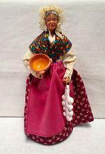 Vintage French SANTON DE PROVENCE Doll Figurine Old Woman w/Garlic & Bowl FRANCE