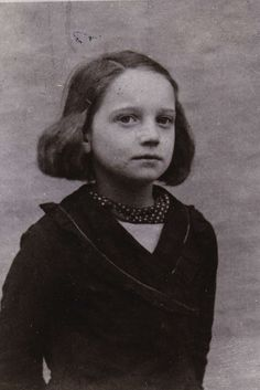 Regina Atabe | Remember Me: Displaced Children of the Holocaust