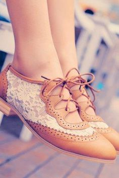 0415468c7d3 Chestnut and white lace cutout oxfords. Zapatos Nuevos
