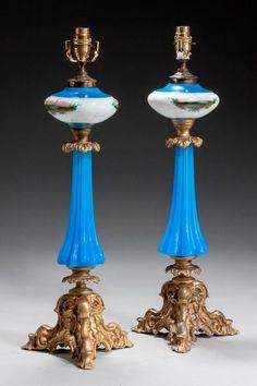 Francés par de opalina Lámparas de petróleo