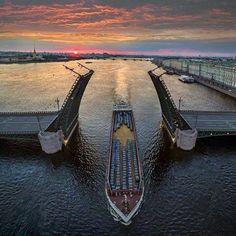 . . Saint Petersburg - the city of bridges!