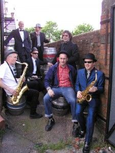 Bristol Based Ska Band - The Great eSKApe.  Available for pubs, clubs, weddings, funerals, Birthdays, fun days, festivals etc