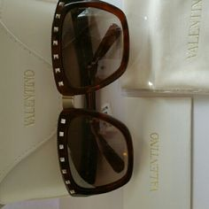 603fe9f38fb8 New Valentino s studded square shaped sunglasses Valentino s studded  sunglass absolutely stunning in brown sold out everywhere