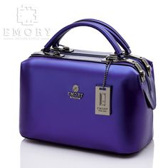 Price 330.000 Measurement Base 27 cm. Height 22 cm. Weight 0.939 kg. Material Jelly Calf faux Leather . ORIGINAL Brand.  Chat us on Line : @ emorystyle