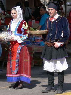 003-Costumi tradizionali dei comuni della Sardegna