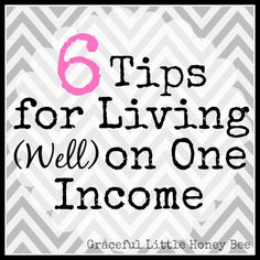 Living on one income is possible for a lot of people if you're committed and focused. Check out these tips to help make your stay at home mom dreams come true! Money Saving Tips For Moms Ways To Save Money, Money Tips, Money Saving Tips, How To Make Money, Budgeting Finances, Budgeting Tips, Faire Son Budget, Living On A Budget, Frugal Living