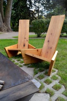 Fire throne [chair] [origin] one board. ——————— [ideal for] backyard patio, porches, camp sites, bonfires ——————— [basics] materials: pine or cedar dimensions: 24 w x 24 d x 42 h. Woodworking Projects Diy, Woodworking Bench, Diy Wood Projects, Furniture Projects, Diy Backyard Projects, Backyard Ideas, Metal Art Projects, Woodworking Logo, Woodworking Workshop