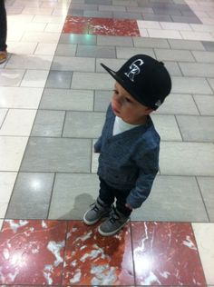 #ChildrenWithSwag omg... and he's wearing a rockies hat... MARRY MY DAUGHTER!!!