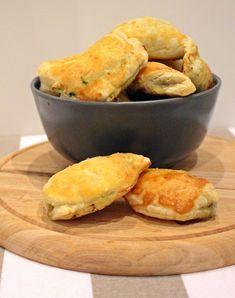 Spenótos-fetás falatkák Vegetarian Recipes, Healthy Recipes, Healthy Food, Cornbread, Feta, Food And Drink, Pie, Baking, Dinner