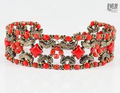 Nuria Bracelet - Beading Tutorial with Arrow beads Beaded Jewelry Patterns, Bracelet Patterns, Beading Patterns, Beaded Jewellery, Beaded Bracelets Tutorial, Beads And Wire, Czech Glass Beads, Seed Beads, Handmade Jewelry
