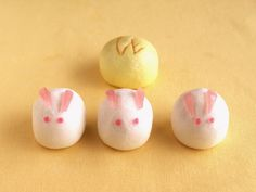 Rabbit Wagashi... saw these for the first time in real life in San Francisco!