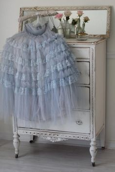 Periwinkle's perfect tulle vintage dress #periwinkle #vintage #dress
