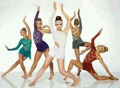 Dance // Acro