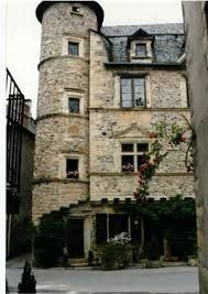 """Résultat de recherche d'images pour """"sainte eulalie d'olt"""" France, House Styles, Renaissance, Images, Home Decor, Home, Search, Decoration Home, Room Decor"""