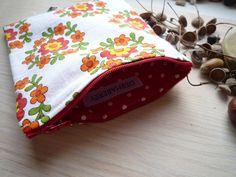 Bloomy purse by storebukkebruse, via Flickr