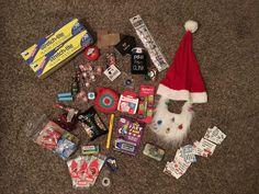 DIY crafts, home decor, woodworking, kids activities Fun Christmas Games, Adult Christmas Party, Family Christmas, Christmas 2019, Saran Wrap Game, Pinata Fillers, Christmas Crafts, Christmas Ideas, Party Entertainment