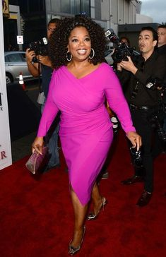 Wicked 10 Oprah Winfrey's Style Evolution You May Consider http://fashiotopia.com/2018/01/23/10-oprah-winfreys-style-evolution-may-consider/ 10 Oprah Winfrey's Style Evolution, a process of her willing to grow up, therefore, she struggled to make her image, meanwhile she gained famous worldwide.