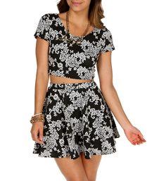 Comprar una blusa de manga corta de encaje negra de shopbop