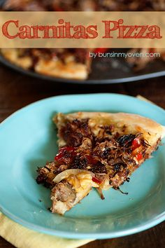 Carnitas Pizza is full of meat, spread with salsa verde, and topped with a bit of cheese and fajita vegetables! This recipe is quick to make and sure to please! Pizza Recipes, Mexican Food Recipes, Dinner Recipes, Cooking Recipes, Mexican Meals, Potato Recipes, Crockpot Recipes, Soup Recipes, Breakfast Recipes