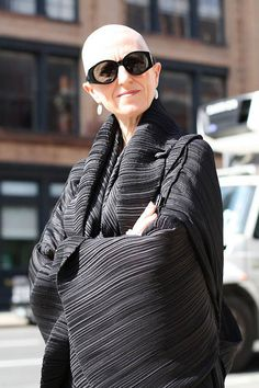 First Looks: Advanced Style's Ari Seth Cohen on His First-Ever Photo Book, Marc Jacobs's Fall Show, and Tommy Ton Glamour, Looks Style, Style Me, Cooler Stil, Quoi Porter, Bald Women, 50 And Fabulous, Advanced Style, Ageless Beauty