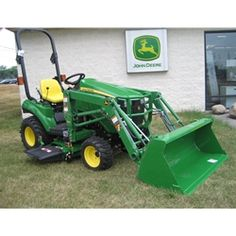 John Deere Sub Compact Utility Tractor 1023E Package | Mutton Tractor Sales