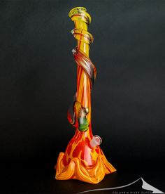 Hand blown custom unique glass works from the best artists in Oregon, Washington. Online headshop, cannabis pipes, bongs, oil rigs, bowls, jars, stash art. Weed Bong, Weed Pictures, Stash Jars, Pipes And Bongs, Columbia River, Pics Art, Amor