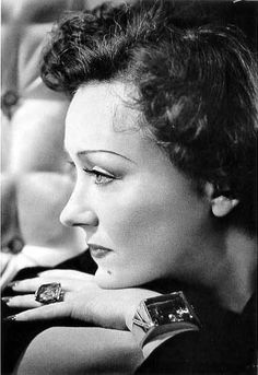 "Did you know? in the early days of cinema, many movie stars wore their own jewels in their movies. Some of the stars sporting their very own rocks ""onstage"" were Merle Oberon, Marlene Dietrich, and Gloria Swanson."