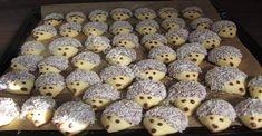 """Výborný """"VEĽKONOČNÝ JEŽKOVIA"""": Zamiluje si ich každý a deti ich zbožňujú! - Recepty od babky Christmas Baking, Christmas Cookies, Doughnut, Blueberry, Biscuits, Cereal, Sweet Treats, Food And Drink, Health Fitness"""