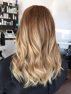 Honey Blonde Hair, Blonde Hair Looks, Balayage Hair Blonde, Hair Affair, Ponytail Hairstyles, Bride Hairstyles, Hair Highlights, Hair Lengths, Dyed Hair