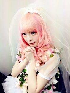 I love her hair!!! Kyary Pamyu Pamyu | via Tumblr
