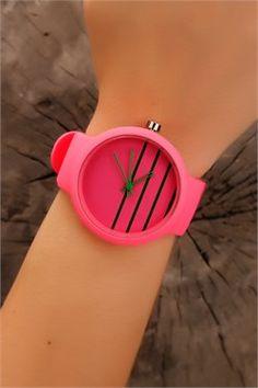 Pembe Silikon Kordon Siyah Çizgili İç Tasarım Bayan Saat